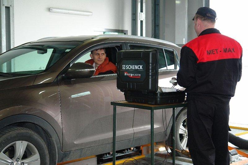 Wyważanie wału napędowe w samochodzie klienta